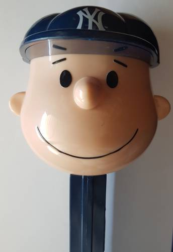 PEZ - Giant PEZ - Peanuts - MLB Charlie Brown - New York Yankees