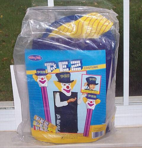 PEZ - Miscellaneous (Non-Dispenser) - Peter PEZ Costume