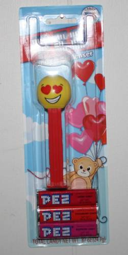PEZ - Funky Faces - Emoji - Love - US Release