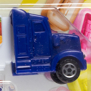 PEZ - Visitor Center - Sweets & Snacks Expo - Truck